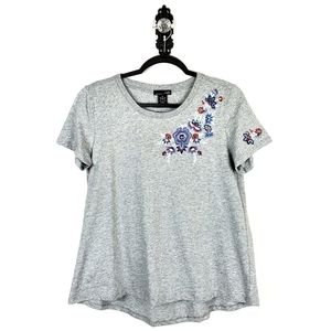 RXB Boho Floral Embroidered High Low Tee Small
